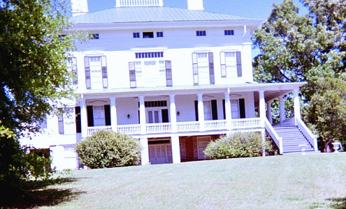 App development tools include objects like this mansion in South Carolina.