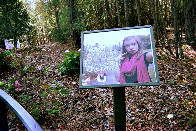 Teen selfie photography sign at gardens in North Carolina.